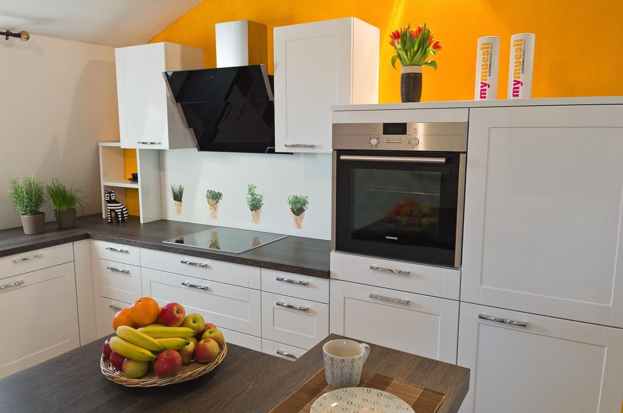 Größte Küchenausstellung in der Region - Ihr Küchenstudio im Saale ...