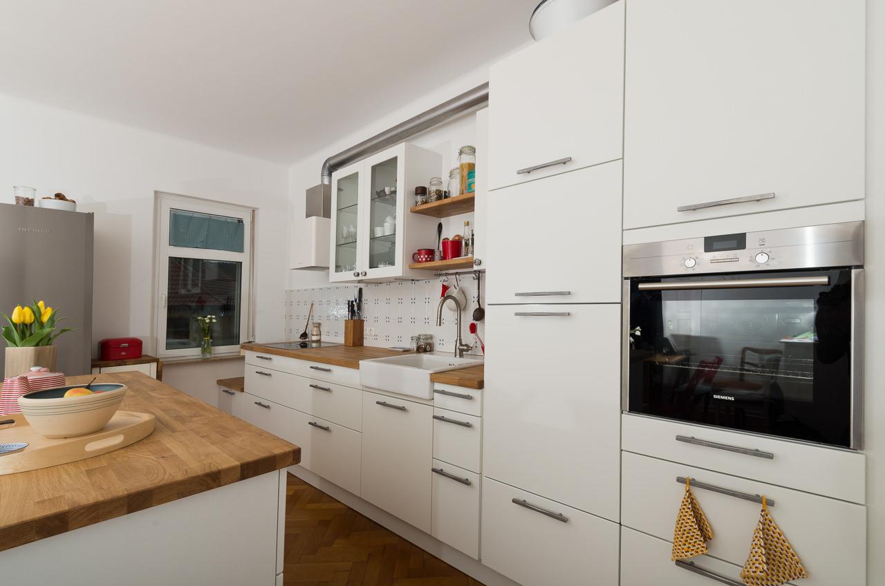Inselküche mit Echtholzarbeitsplatte - Ihr Küchenstudio im Saale ...